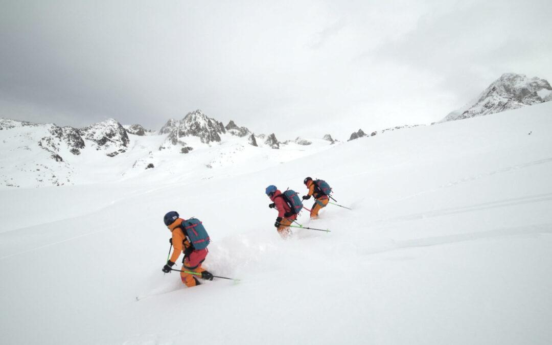 Les filles font du freerando à ski – Interview des 3 skieuses de Traine ta Grolle