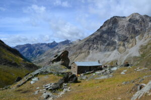 cabane de Rubrens - rando enUbaye / www.pasquedescollants.com