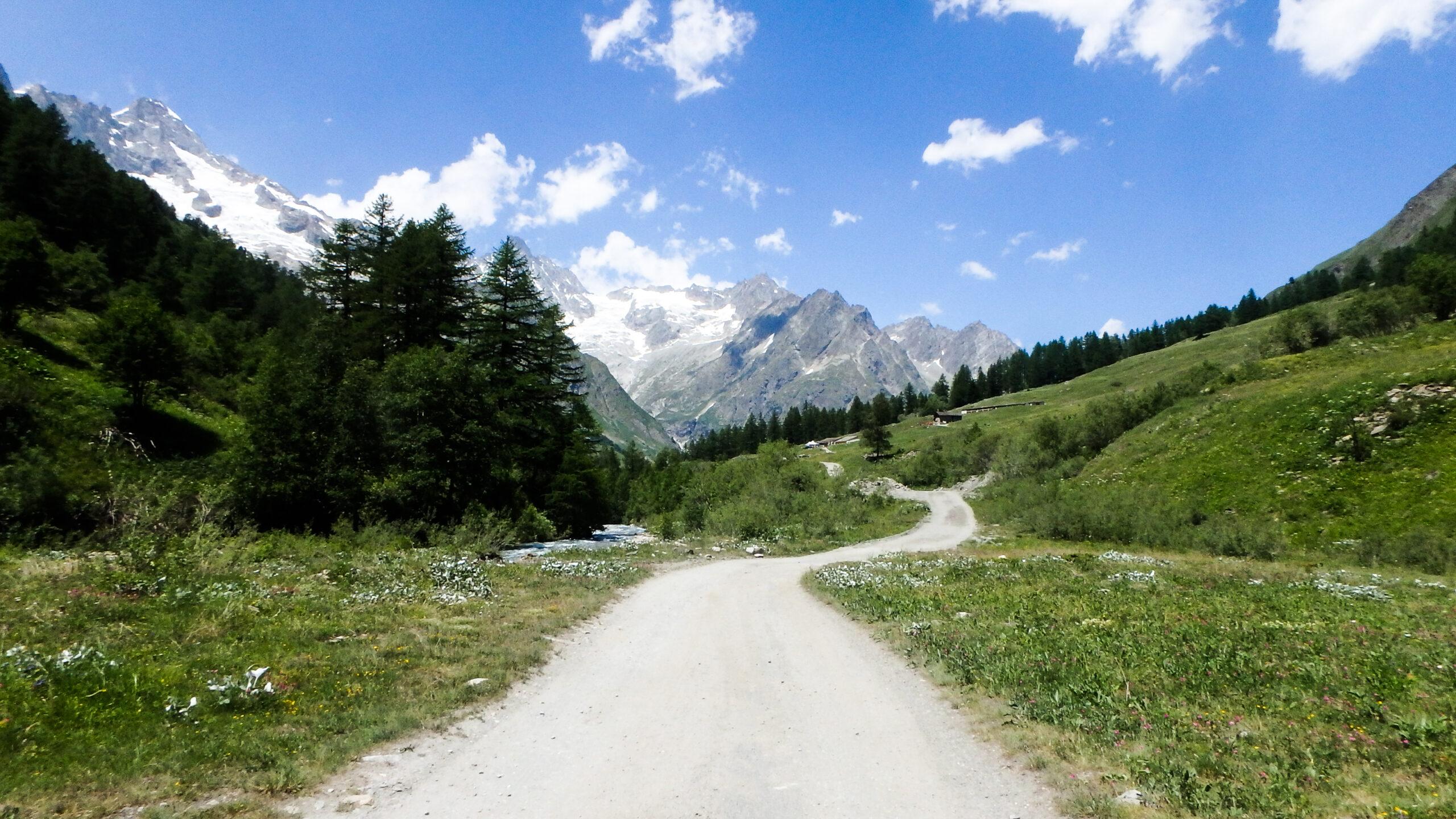 Nos meilleures randonnées en France les blogueurs racontents https://pasquedescollants.com